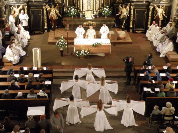 2010 01 30 022 liturgicky tanec
